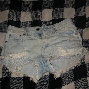 American Eagle Ripped Shorts High Rise 💗